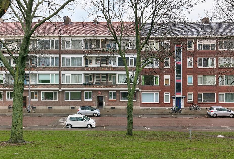 Schiedamseweg Beneden 537 C in Rotterdam 3028 BW