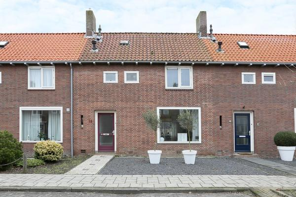 G.J. Gillotstraat 18 in Ens 8307 BA