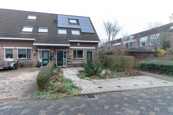 Weegje 11 in Almere 1316 KN