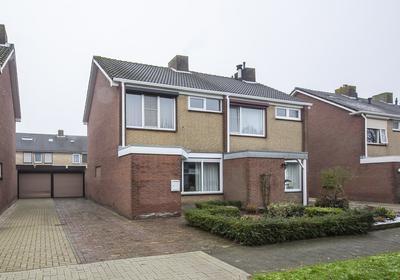 Hagelkruis 13 in Oud Gastel 4751 EV