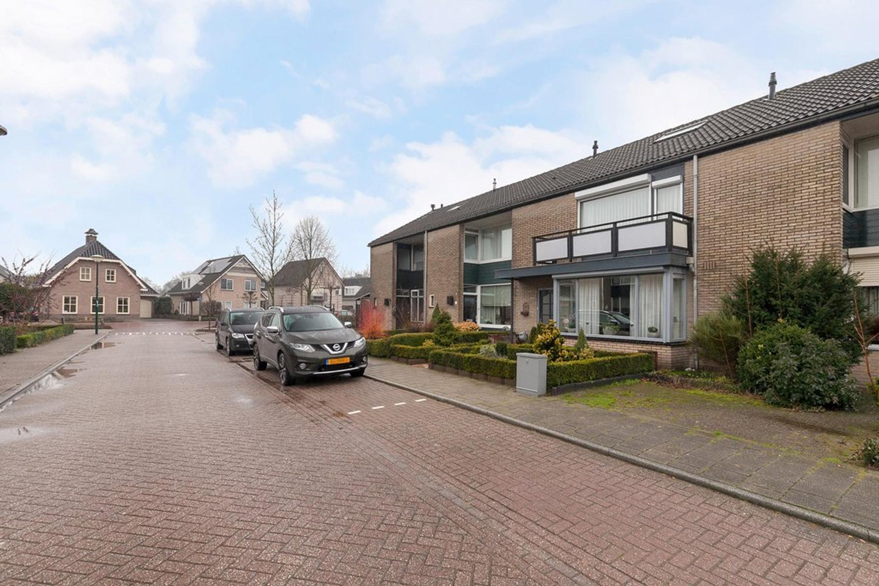 Duyst Van Voorhoutweg 17 in Renswoude 3927 BM