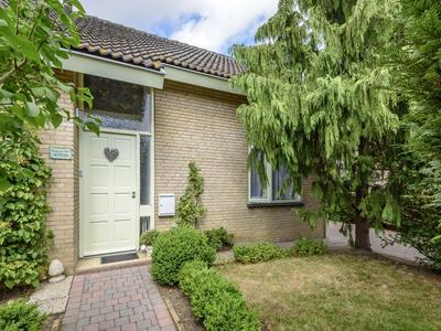 Hoge Stelle 51 in Nieuw- En Sint Joosland 4339 AP