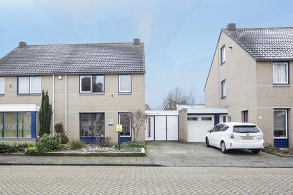 Karpaten 71 in Helmond 5706 PH