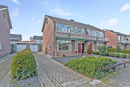 Burgemeester Falkenaweg 186 in Heerenveen 8443 DG