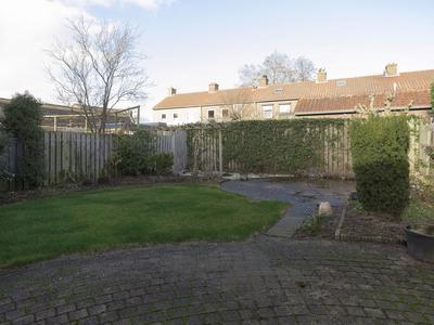 Beatrixstraat 7 in Moerdijk 4782 AS