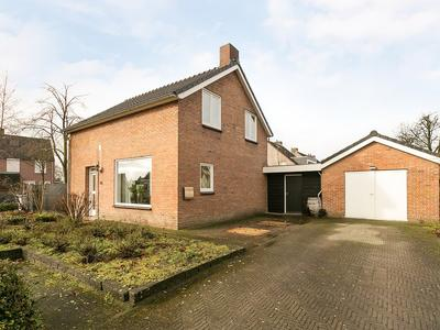 Schoolstraat 66 in Heeze 5591 HM