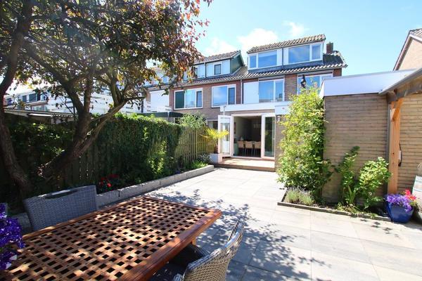 Huis Te Veldelaan 64 in Maasland 3155 SG