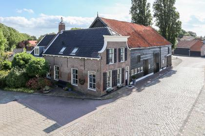 Oosthavendijk 14 in Middelharnis 3241 LK
