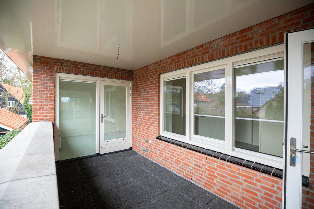 Stoer Inpandig Balkon : Huis detailpagina klip en van wijk