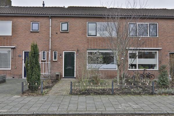 Da Costastraat 104 in Hoogeveen 7901 HH