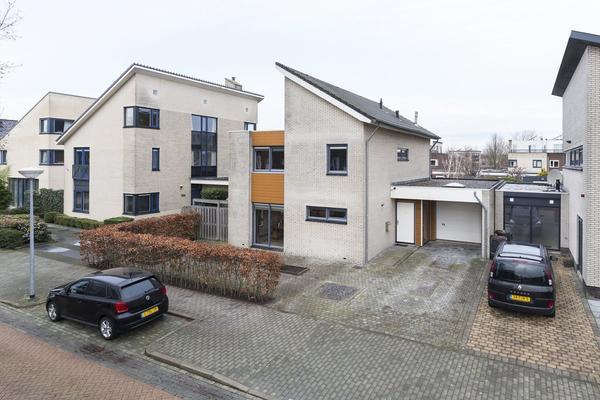 Frederiksveld 22 in Nieuw-Vennep 2151 LS