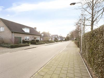 Ostaderstraat 1 in Asten 5721 WC