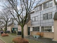 Haya Van Someren-Downerpad 43 in Spijkenisse 3207 DK