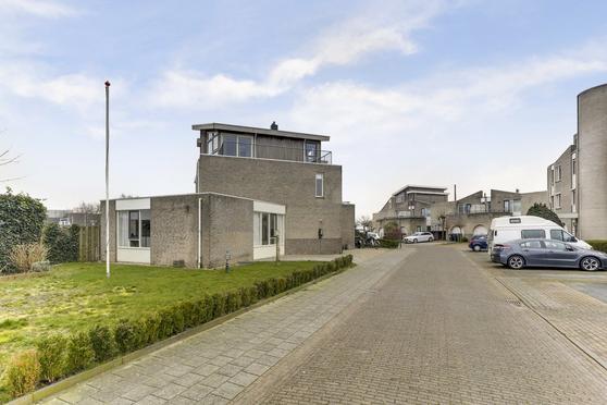De Warring 39 in Heerenveen 8447 EB