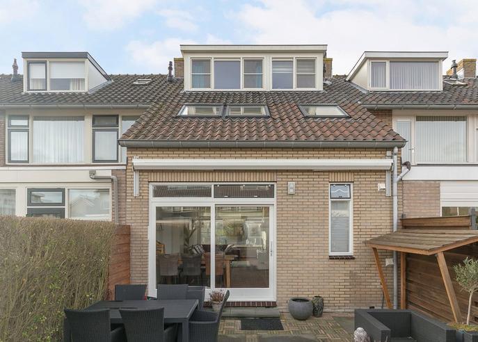 P.C. Hooftstraat 5 in Waddinxveen 2741 BA