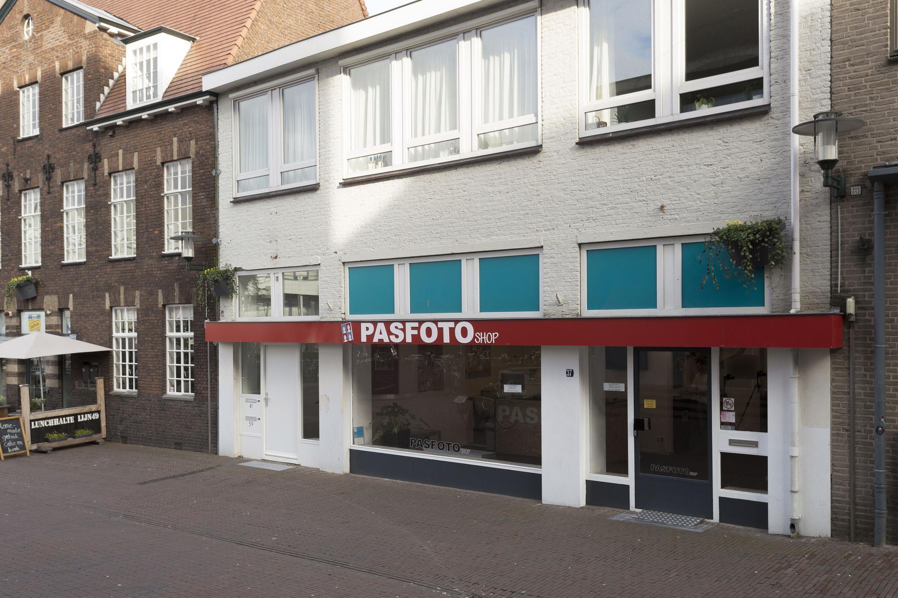 Te huur in de Hellestraat 37 te Amersfoort kantoorruimte via RéBm Bedrijfsmakelaar Amersfoort