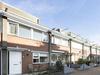 M.C. Grimberg-Huijserstraat 6 in Rotterdam 3066 JD