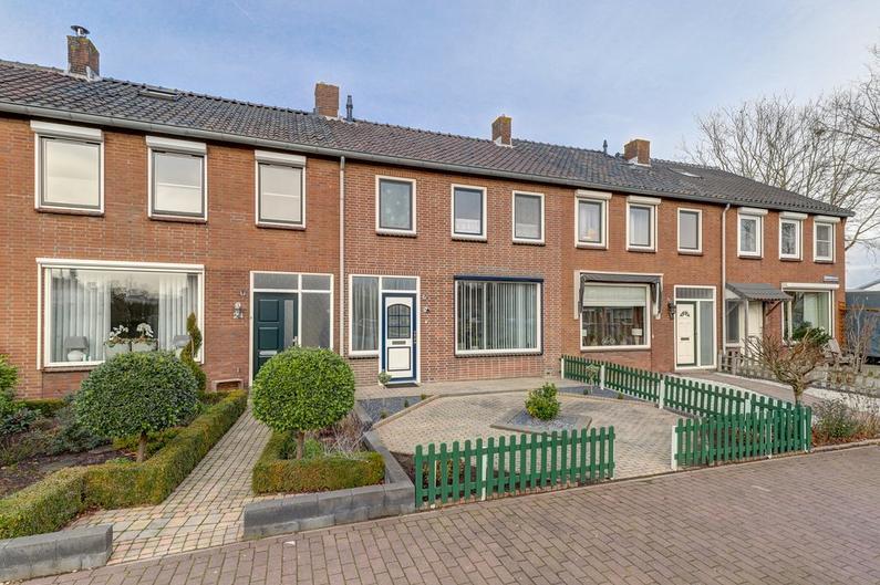 Rembrandtstraat 26 in Hardinxveld-Giessendam 3372 XN