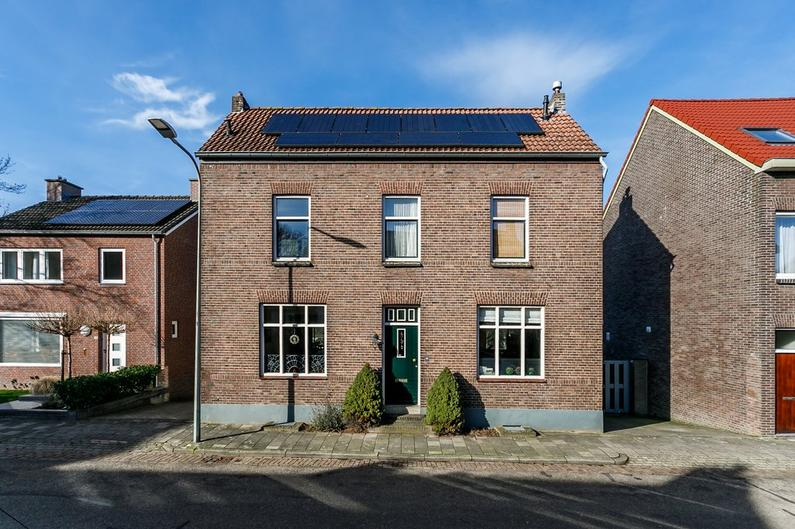 Voorsterstraat 86 in Nuth 6361 EW
