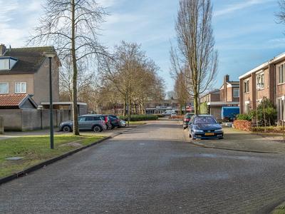 Asterstraat 2 in Sint-Michielsgestel 5271 GP