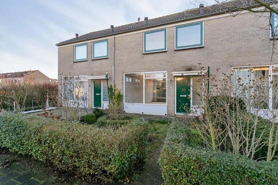 Klaverveld 4 in Nieuw-Vennep 2153 EG