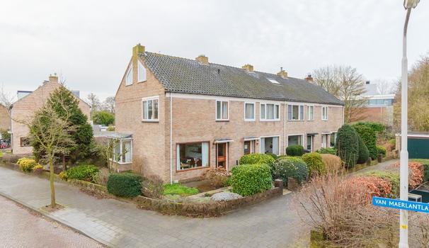 Van Maerlantlaan 32 in Driehuis Nh 1985 HL