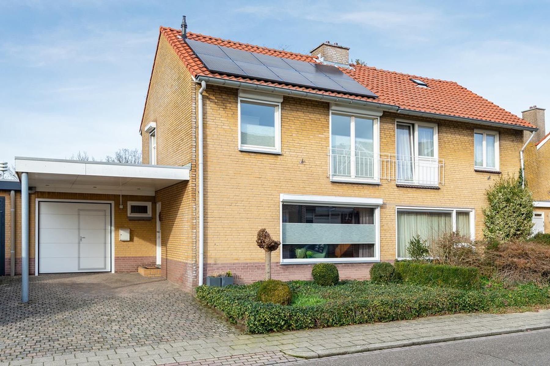 Van Plettenbergstraat 5 in Margraten 6269 CT