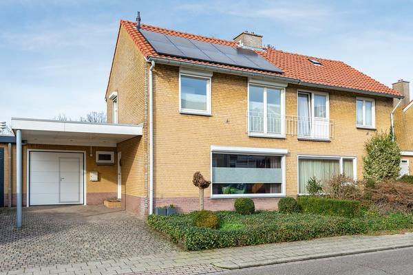 Van Plettenbergstraat 5 in Margraten 6269 CT