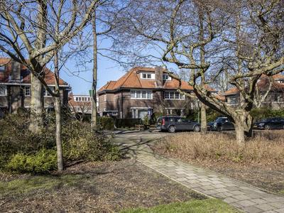 Burchtplein 18 in Wassenaar 2242 GM