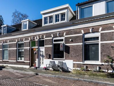 Generaal Van Der Heijdenstraat 17 in Dordrecht 3311 WH