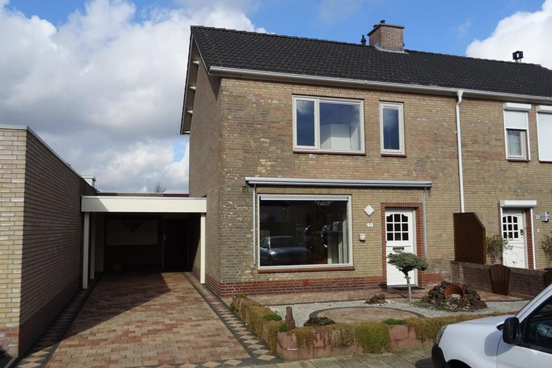 Boterbloemstraat 40 in St. Willebrord 4711 GX