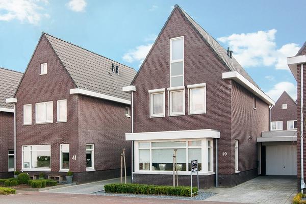 Hommerterhof 39 in Amstenrade 6436 ED