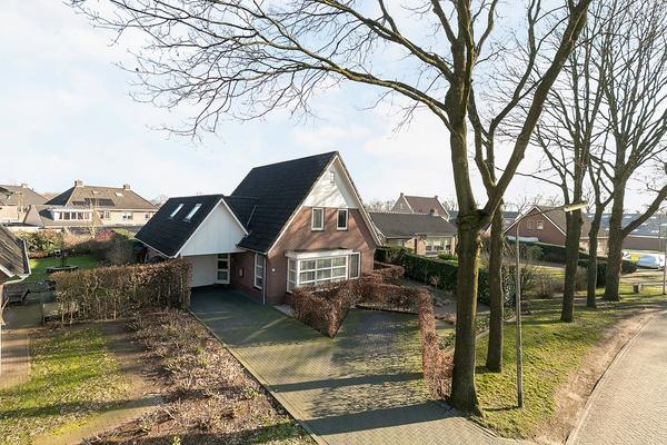 Elskampweg 8 in Luttenberg 8105 RL