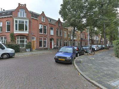 H.W. Mesdagstraat 2 in Groningen 9718 HG