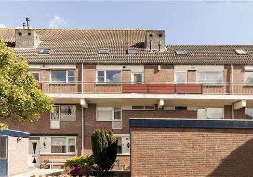 Laurierdonk 32 in Spijkenisse 3206 BZ