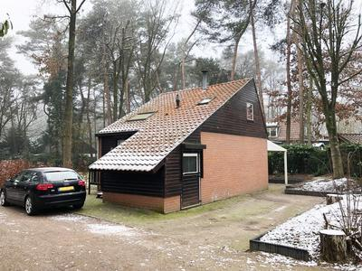 Helderse Duinen 12 in Overloon 5825 JM