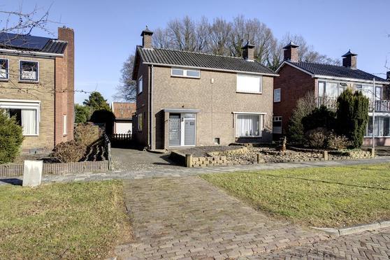 Sportlaan 11 in Nieuwe Pekela 9663 EV
