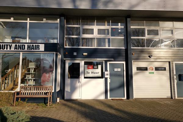 Te huur ca 140 m² kantoorruimte verdeeld over 2 verdiepingen aan de Nijkerkerstraat 6B te Amersfoort.