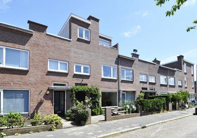Rozenstraat 107 in 'S-Gravenhage 2565 SK