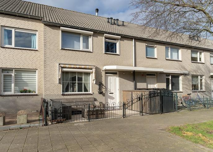 Gustaaf Gelderstraat 65 in Almere 1318 BB