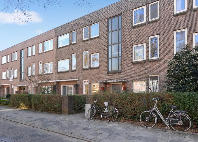 Koningin Wilhelminalaan 222 in Voorburg 2274 AR