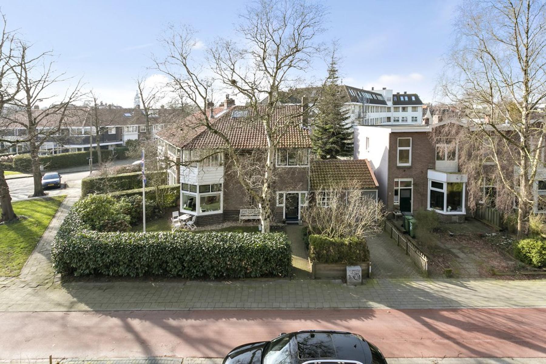 Jelsumerstraat 1 in Leeuwarden 8917 EK
