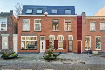 Nieuwe Kerkstraat 20 in Vlaardingen 3134 LS