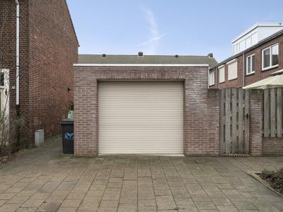 Floralaan West 194 in Eindhoven 5644 BL