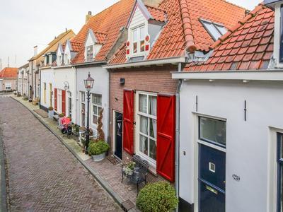 Kleine Oosterwijck 23 in Harderwijk 3841 BL