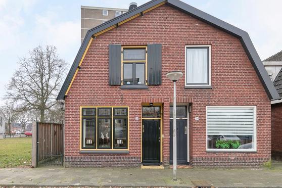 Koekoekstraat 26 in Enschede 7523 WZ