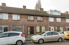 Schout Eeuwoutstraat 58 in Pernis Rotterdam 3195 VZ