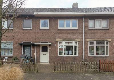 Amaliastraat 57 in Sneek 8606 BE