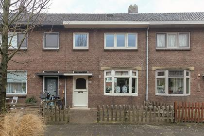 Amaliastraat 57 in Sneek 8606 BE