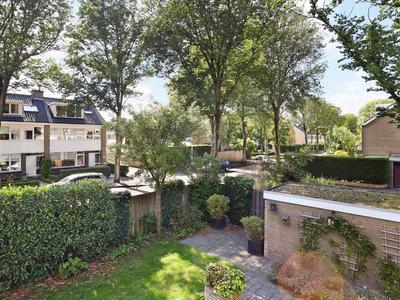 Van Polanenpark 198 in Wassenaar 2241 RW